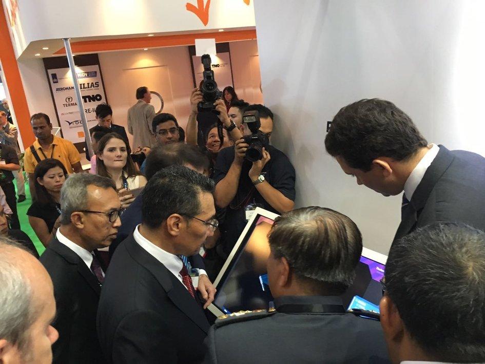Salon defence services asia 2016 la france en malaisie - Chambre de commerce malaisie ...